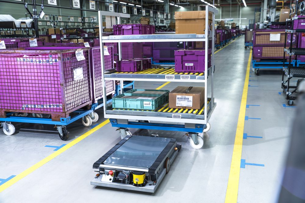 Self-driving robot in Supply Logistics at BMW Group. Source BMW Group